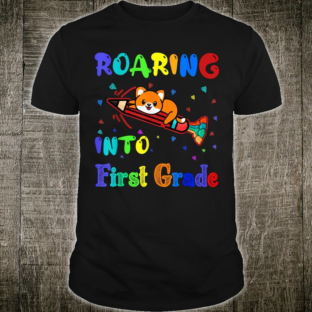 Roaring into 1st grade first day of first grade cat rainbow Shirt